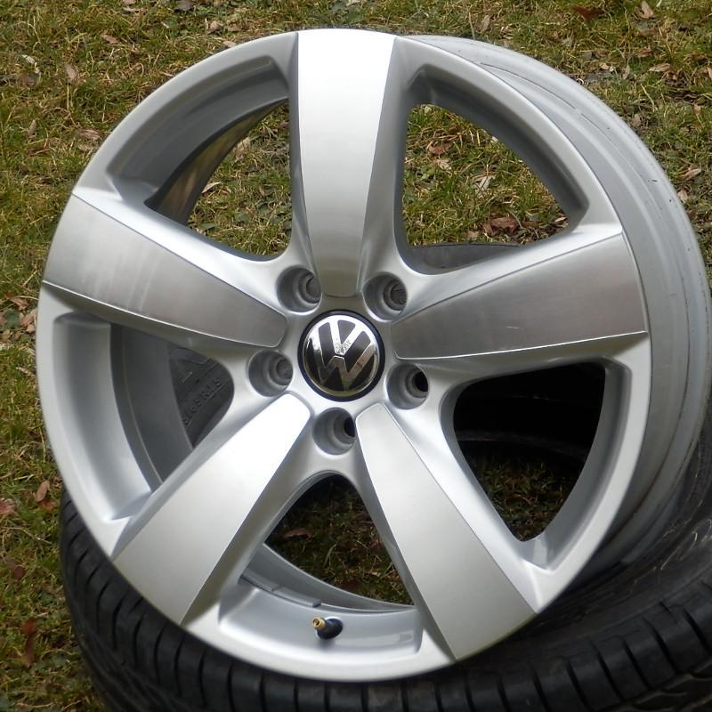 VW TIGUAN DEMO 7x17 5x112 ET43.00 silber-poliert