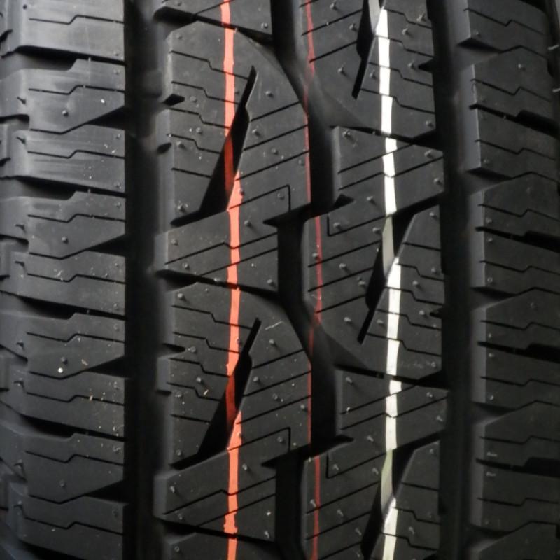Bridgestone DUELER AT001 215/80 R15 102S TL M+S 3PMSF