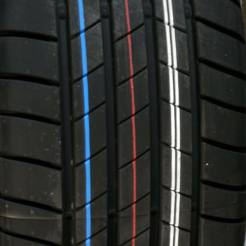Bridgestone TURANZA T005 235/40 R19 96Y TL XL