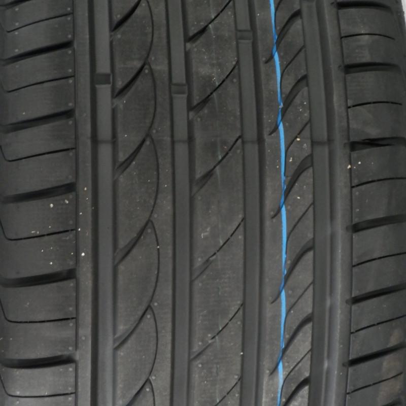 DELINTE DH2 215/70 R16 100H TL